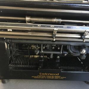maszyna underwood 1