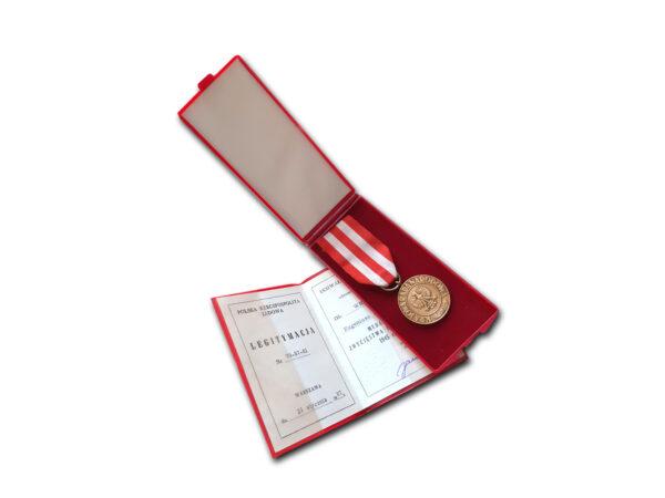 medal zwycięstwa i wolności 1a