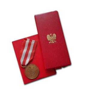 medal zwycięstwa i wolności 1b